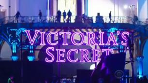 Lady Gaga, Ariana Grande - Rain On Me (Victoria's Secret Fashion Show)