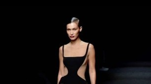 'Bella Hadid stuns on the runway for the Mugler Fashion Show in Paris'