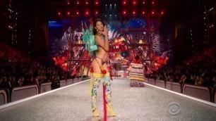 ADRIANA LIMA! Victoria's Secret Fashion Show (Compilation)