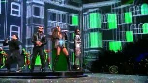 'Black Eyed Peas on Victoria\'s Secret Fashion Show 2009'