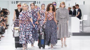 'Spring-Summer 2016 Ready-to-Wear Show – CHANEL Shows'