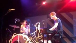 'Matt & Kim performing Good Ol\' Fashion Nightmare and Apache cover live at the El Rey 8 27 09'
