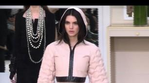 'Fashion week de Paris: le défilé Chanel'