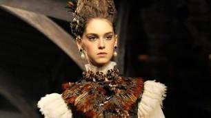"'Chanel Pre-Fall 2013/2014 FULL Fashion Show: Metiers d\'Art \""Paris-Edimbourg\"" | FashionTV'"