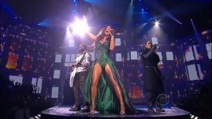 'The Black Eyed Peas - Meet me halfway - Victoria\'s Secret Fashion Show 2009'