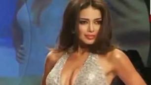 'Worst Wardrobe Malfunction At Maxim Fashion Show'