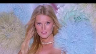 'All German Models - Victoria\'s Secret Fashion Show'